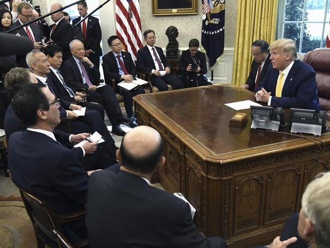 Bên nào đã giành lợi thế qua vòng 13 đàm phán thương mại Mỹ - Trung? ảnh 2