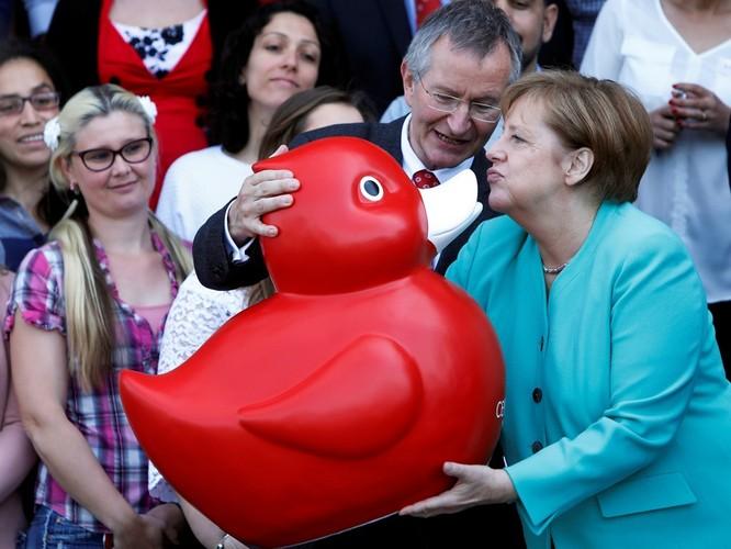 Chuyện lý thú về những món quà tặng của các chính khách trên thế giới ảnh 29