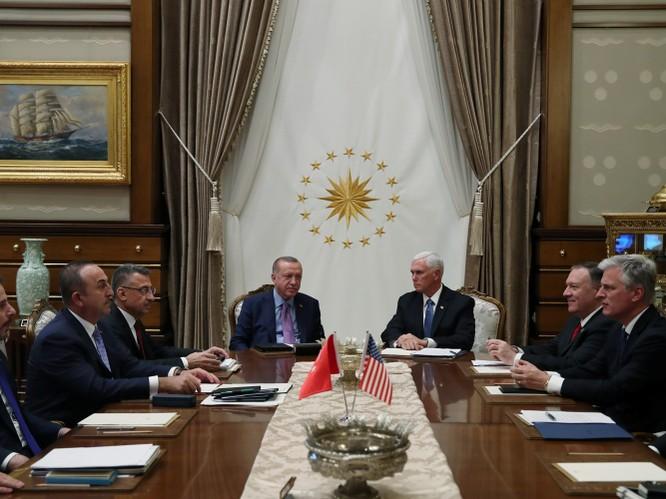 Mỹ và Thổ Nhĩ Kỳ đạt được thỏa thuận ngừng bắn, chấm dứt cuộc tiến công người Kurd bên trong lãnh thổ Syria ảnh 4