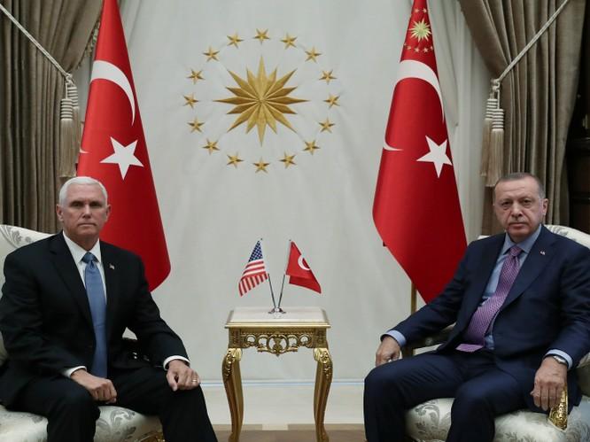 Mỹ và Thổ Nhĩ Kỳ đạt được thỏa thuận ngừng bắn, chấm dứt cuộc tiến công người Kurd bên trong lãnh thổ Syria ảnh 2