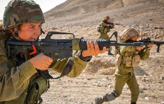 Mang súng khi diện bikini - Vén bức màn bí ẩn về lực lượng nữ binh Israel ảnh 8