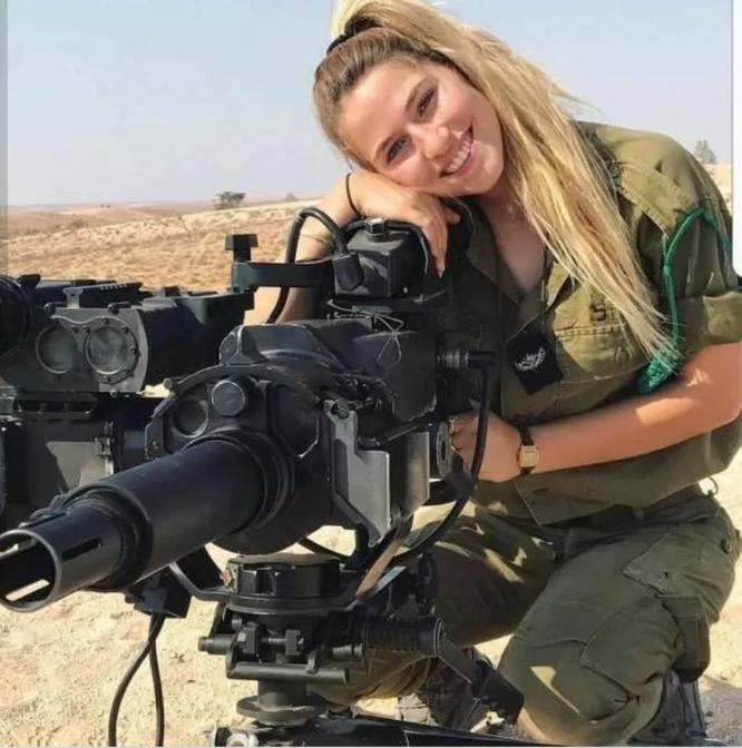 Mang súng khi diện bikini - Vén bức màn bí ẩn về lực lượng nữ binh Israel ảnh 5