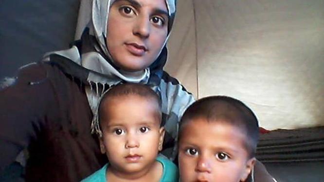 Nội bộ chính phủ Anh bất đồng quanh kế hoạch của Thủ tướng Boris Johnson bí mật đón 60 vợ con thành viên tổ chức khủng bố IS từ Syria về nước ảnh 2