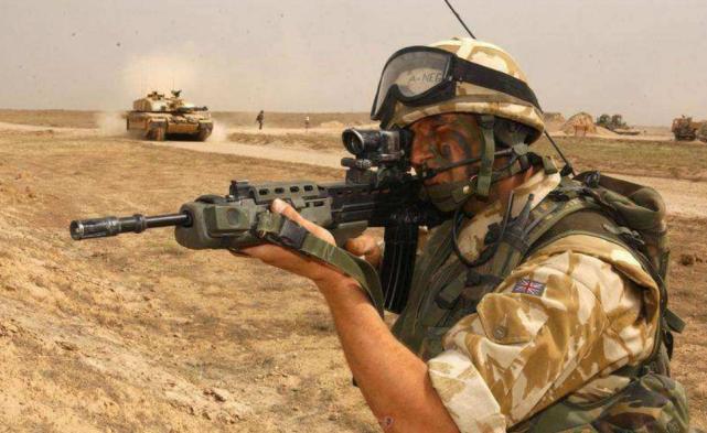 Lực lượng đặc biệt Anh bất ngờ xuất hiện ở Manbij, Thổ Nhĩ Kỳ tức giận dọa tấn công ảnh 4