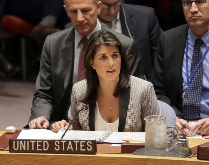 """Âm mưu """"đảo chính"""" trong Nhà Trắng - Cựu Đại sứ Mỹ tại Liên Hợp Quốc xuất bản hồi ký mô tả Nhà Trắng """"rối ren và hỗn loạn"""" ảnh 2"""