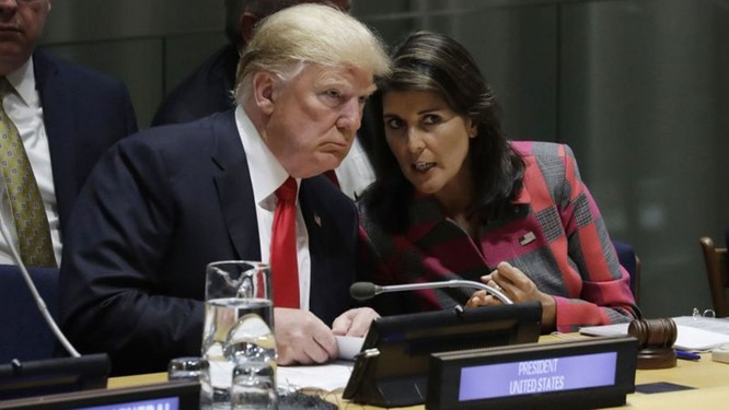 """Âm mưu """"đảo chính"""" trong Nhà Trắng - Cựu Đại sứ Mỹ tại Liên Hợp Quốc xuất bản hồi ký mô tả Nhà Trắng """"rối ren và hỗn loạn"""" ảnh 3"""
