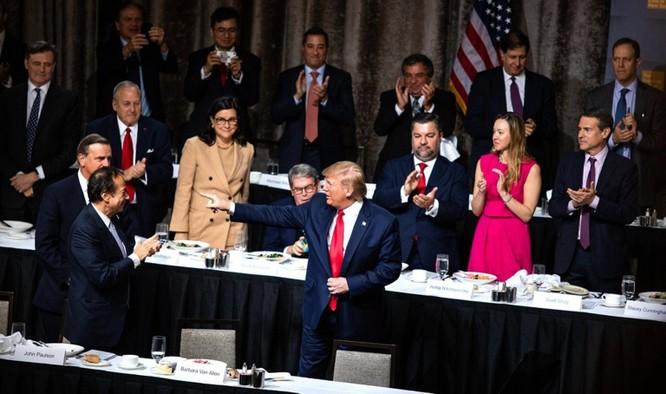 """Tổng thống Mỹ Donald Trump: """"Tại Bắc Kinh tôi đã nói thẳng với ông Tập Cận Bình là Trung Quốc rất xấu xa, ông ấy đã tức muốn chết!"""" ảnh 1"""