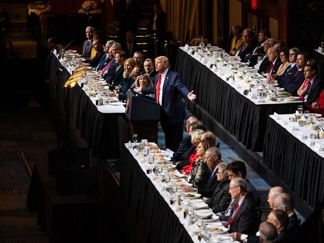 """Tổng thống Mỹ Donald Trump: """"Tại Bắc Kinh tôi đã nói thẳng với ông Tập Cận Bình là Trung Quốc rất xấu xa, ông ấy đã tức muốn chết!"""" ảnh 2"""