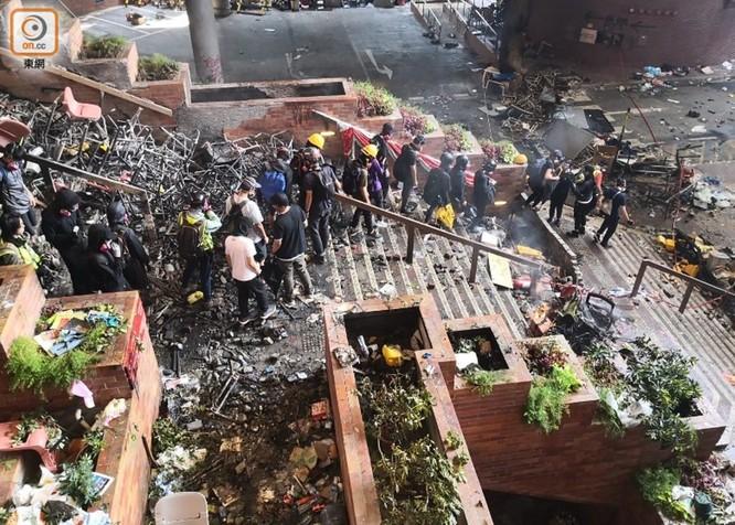 Giáo sư Hồng Kông Lưu Triệu Giai: ông Tập Cận Bình đã truyền tải ít nhất ba tín hiệu và cuộc bạo loạn ở Hồng Kông đã bước vào giai đoạn cuối ảnh 5