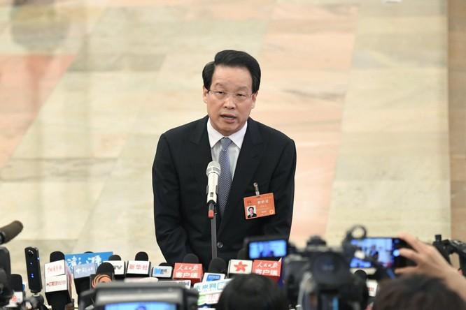 """Bi hài chuyện các quan tham Trung Quốc tiến thân và """"chết"""" vì gái (Kỳ 1) ảnh 2"""