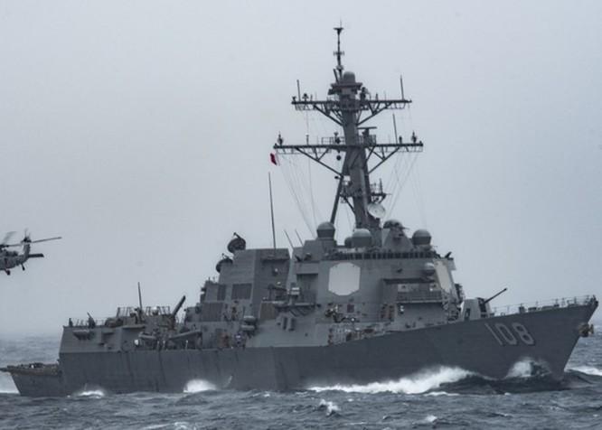 Tàu chiến Mỹ áp sát các đảo Trung Quốc chiếm đóng trái phép trên Biển Đông giữa lúc quan hệ hai bên đang căng thẳng ảnh 2