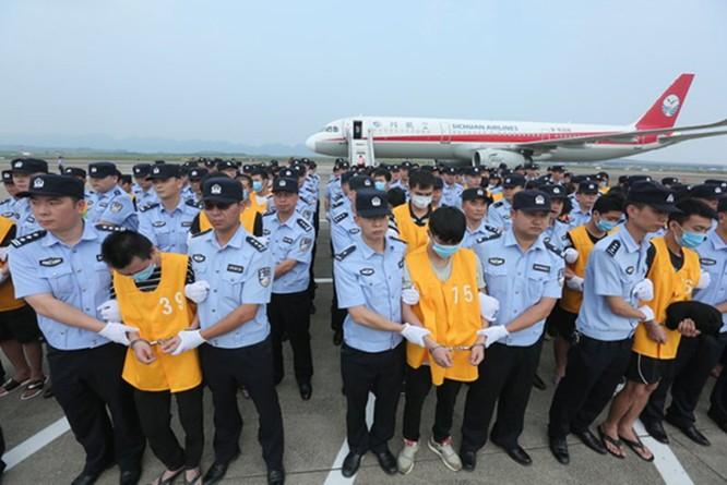 Hàng ngàn tội phạm lừa đảo qua mạng người Trung Quốc bị bắt giữ ở các nước Đông Nam Á và Mông Cổ ảnh 4