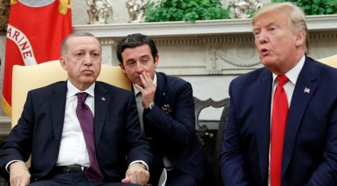 Thổ Nhĩ Kỳ dùng máy bay Mỹ làm mục tiêu thử nghiệm tên lửa Nga, Washington nổi xung, quan hệ Mỹ - Thổ nguy cơ ngày càng xấu ảnh 3
