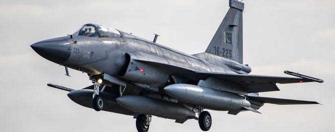 Malaysia tìm kiếm loại máy bay chiến đấu mới tăng cường cho lực lượng không quân ảnh 3