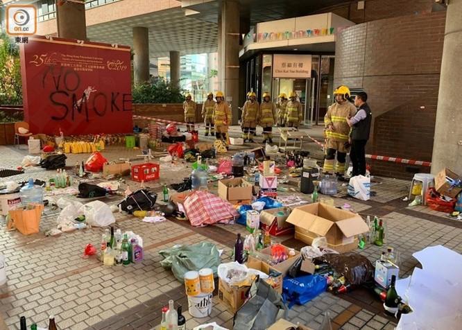 Những con số đáng sợ về 5 tháng biểu tình ở Hồng Kông ảnh 5