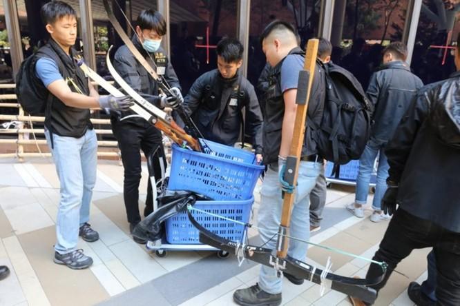 Những con số đáng sợ về 5 tháng biểu tình ở Hồng Kông ảnh 7