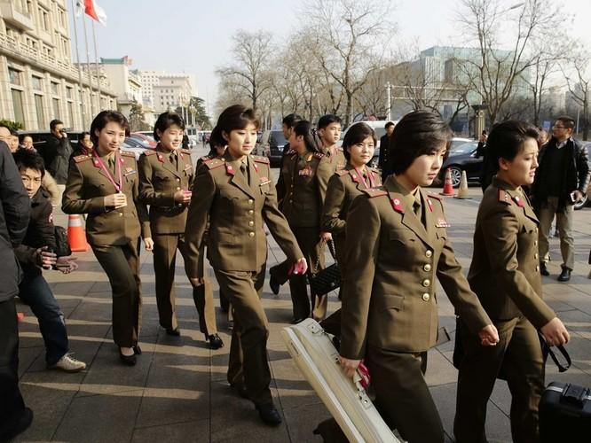 Điều gì khiến ban nhạc nữ nổi tiếng Triều Tiên Moranbong lần thứ hai bất ngờ hủy bỏ kế hoạch biểu diễn ở Trung Quốc? ảnh 2