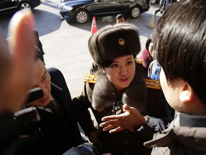 Điều gì khiến ban nhạc nữ nổi tiếng Triều Tiên Moranbong lần thứ hai bất ngờ hủy bỏ kế hoạch biểu diễn ở Trung Quốc? ảnh 4