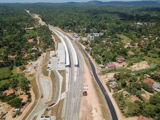 Liệu Sri Lanka có đòi lại được cảng chiến lược Hambantota đã trót cho Trung Quốc thuê 99 năm để gán nợ? ảnh 3