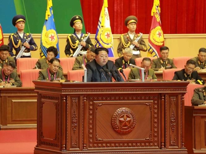 """Bộ trưởng Quốc phòng Mỹ đe dọa """"ngay tối nay có thể khai chiến"""", ông Kim Jong-un triệu tập hội nghị Quân ủy mở rộng ảnh 1"""