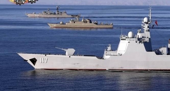 Tướng Hải quân Iran dọa tiêu diệt máy bay, tàu nước ngoài đột nhập khu vực hải quân Trung Quốc, Nga và Iran diễn tập chung ảnh 1