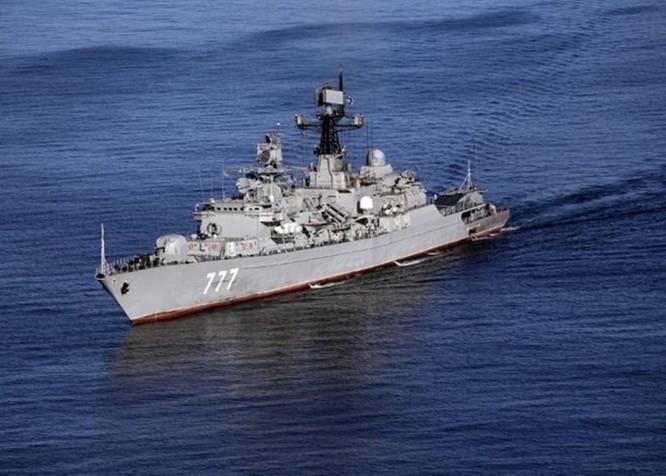 Tướng Hải quân Iran dọa tiêu diệt máy bay, tàu nước ngoài đột nhập khu vực hải quân Trung Quốc, Nga và Iran diễn tập chung ảnh 3