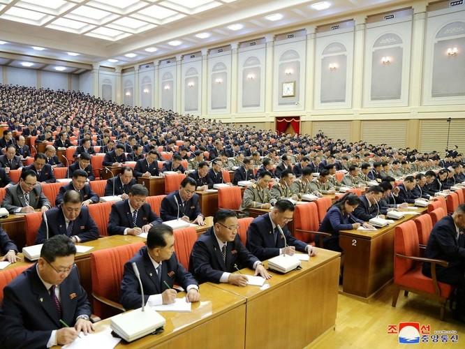 Triều Tiên: Ông Kim Jong-un yêu cầu sử dụng các biện pháp tấn công để đảm bảo an ninh ảnh 2