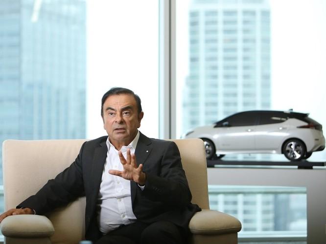 Chui vào hộp đàn qua mặt an ninh lên máy bay, cựu chủ tịch Nissan Carlos Ghosn trốn khỏi Nhật như trong phim hình sự ảnh 1