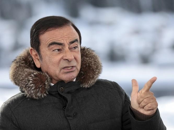 Chui vào hộp đàn qua mặt an ninh lên máy bay, cựu chủ tịch Nissan Carlos Ghosn trốn khỏi Nhật như trong phim hình sự ảnh 3
