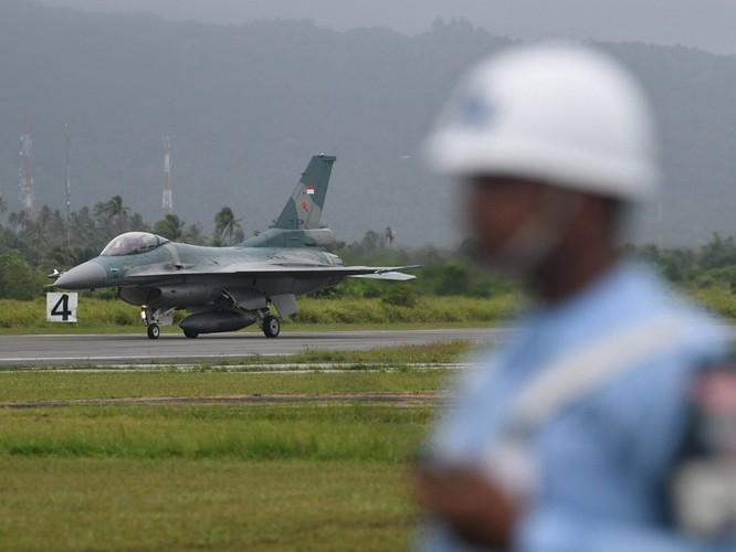 Tranh chấp trên biển leo thang, Indonesia huy động máy bay chiến đấu đối phó Trung Quốc ảnh 1