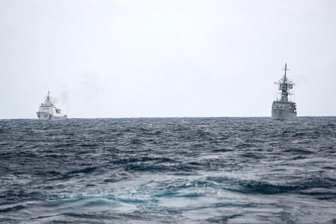 Indonesia công bố hình ảnh chi tiết cuộc đối đầu với tàu Trung Quốc trên vùng biển Natuna ảnh 2