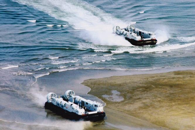 Rò rỉ ảnh quân đội Trung Quốc diễn tập đánh chiếm Đài Loan vào thời điểm nhạy cảm trong quan hệ hai bờ Eo biển ảnh 2