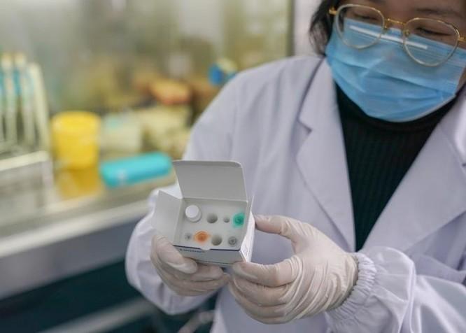 Dịch viêm phổi cấp do virus corona mới lây lan mức báo động ở Trung Quốc: ngày 30 Tết có thêm 444 ca mắc mới, 16 người tử vong ảnh 7