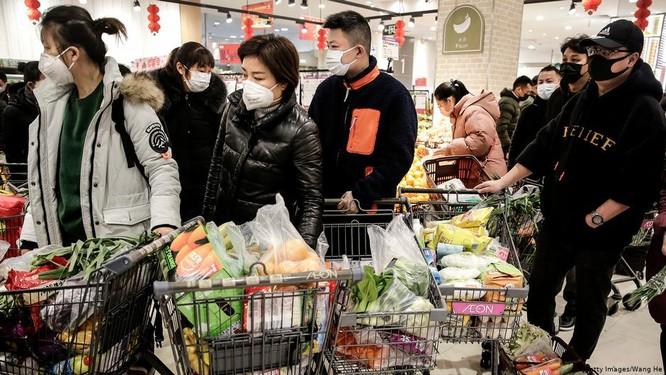 Dịch viêm phổi cấp do virus corona mới lây lan mức báo động ở Trung Quốc: ngày 30 Tết có thêm 444 ca mắc mới, 16 người tử vong ảnh 3