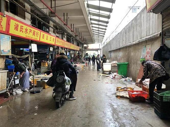 Các thày thuốc lên tiếng tố giác Ủy ban Y tế và Sức khỏe Vũ Hán che giấu dịch bệnh ảnh 4
