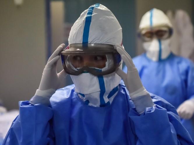 Cập nhật số liệu dịch viêm phổi cấp Vũ Hán sáng 6/2/2020: số mắc bệnh mới giảm, nhưng số tử vong gia tăng ảnh 1