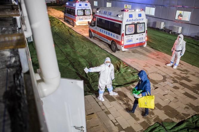 Cập nhật số liệu tình hình dịch COVID-19 ở Trung Quốc đến 8h sáng 13/2/2020: số ca tử vong tăng đột biến! ảnh 1
