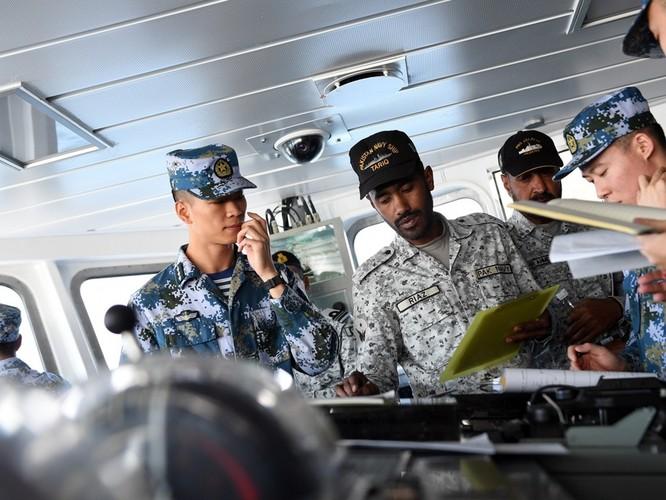 Ấn Độ bắt giữ tàu Trung Quốc treo cờ Hong Kong vì nghi chở thiết bị dùng chế tạo tên lửa đạn đạo của Trung Quốc cho Pakistan ảnh 2