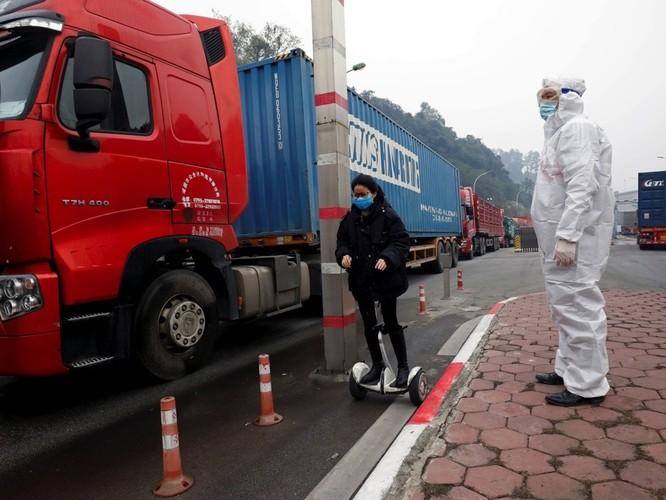 """Trang tin Hoa ngữ Đa Chiều: """"Việt Nam đã trụ vững trong cơn bão COVID-19 đang quét khắp toàn cầu!"""" ảnh 2"""