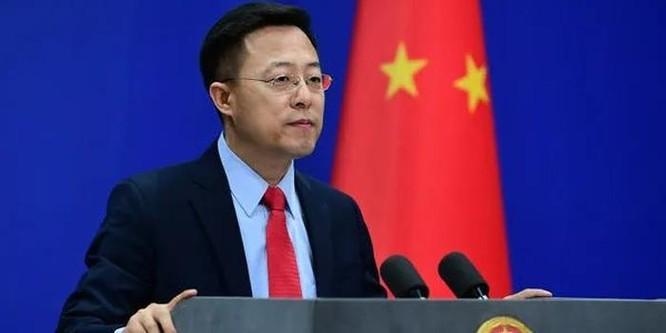 Bị truy vấn, người phát ngôn Bộ Ngoại giao Trung Quốc gay gắt phản đối thông tin cho rằng nguồn gốc nCoV từ Vũ Hán ảnh 1