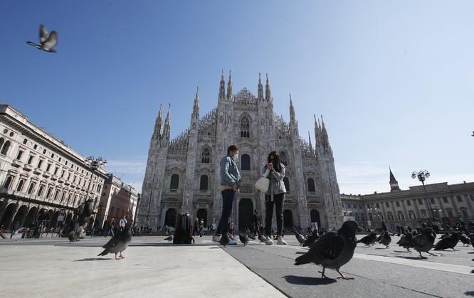"""Dịch bệnh bùng nổ, Italy khẩn cấp """"phong thành"""", dân chúng hoảng loạn ảnh 2"""