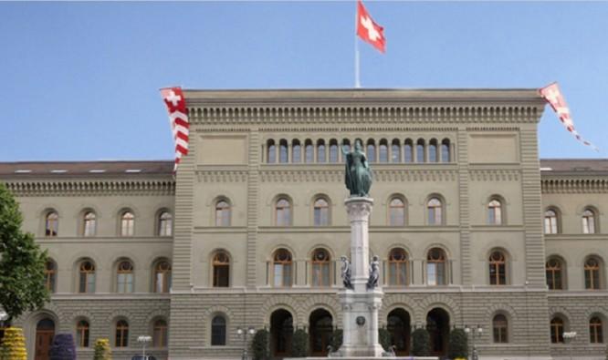 """Thụy Sĩ liên tục bị các quốc gia láng giềng """"ăn hiếp"""" chặn bắt vật tư y tế ảnh 2"""