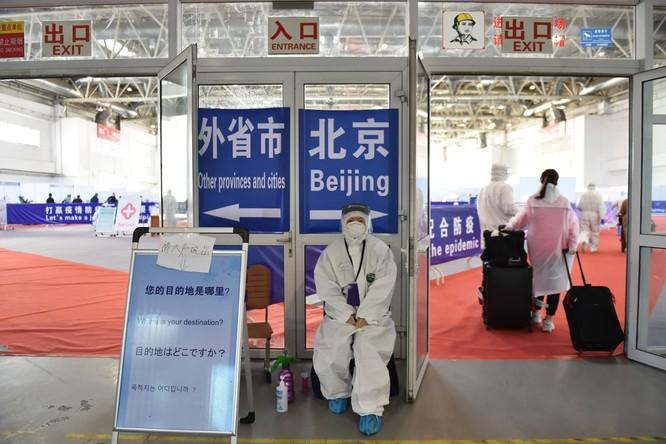 Trung Quốc áp dụng các biện pháp kiểm soát chặt nguồn bệnh lây từ ngoài vào như thế nào? ảnh 1