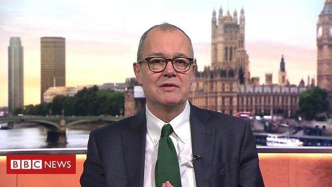 """Bộ trưởng Y tế Anh: """"Miễn dịch quần thể không phải là mục tiêu hay chính sách của chúng tôi!"""" ảnh 1"""