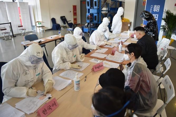 Diễn biến COVID-19 ngày 16/3: dịch bệnh đã tấn công 157 quốc gia và khu vực; số người bị bệnh ở các nước đã nhiều hơn Trung Quốc! ảnh 5