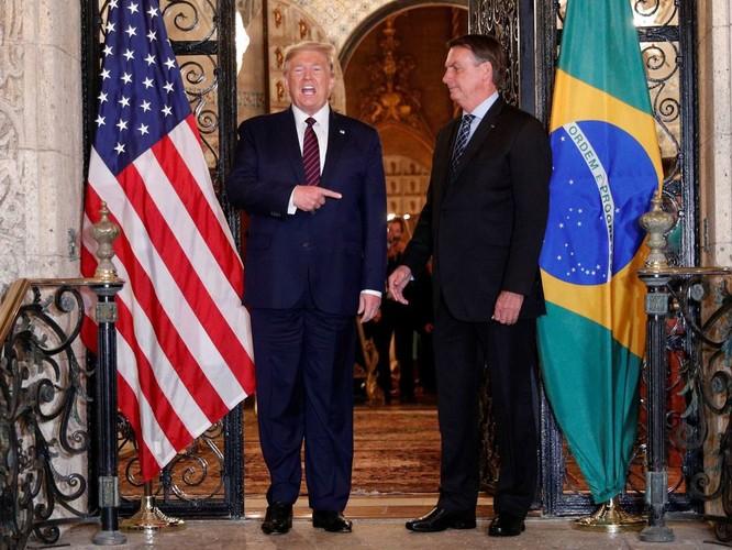 Sau Mỹ, đến lượt Brazil khẩu chiến với Trung Quốc về nguồn gốc virus Corona mới ảnh 4