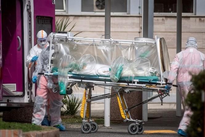 Cập nhật nhanh tình hình lúc 22h00 ngày 24/3: Châu Âu có hơn 200 ngàn ca nhiễm; Tây Ban Nha bệnh viện quá tải, người bệnh phải nằm đất chờ giường bệnh! ảnh 4