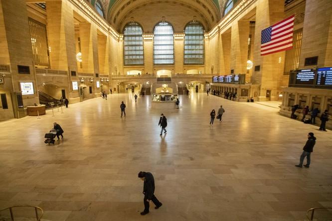 """COVID-19: Vì sao New York đang trở thành """"Vũ Hán phiên bản Mỹ""""? ảnh 1"""