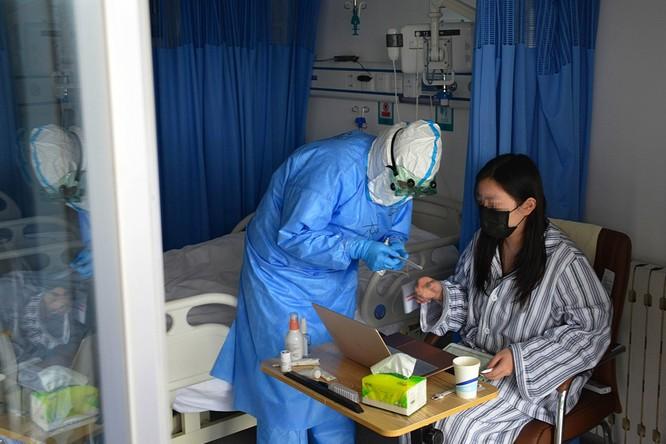 Cập nhật COVID-19 lúc 20h00 ngày 1/4: Trung Quốc có ít nhất 43 ngàn bệnh nhân không triệu chứng, Việt Nam ghi nhận 218 ca! ảnh 1
