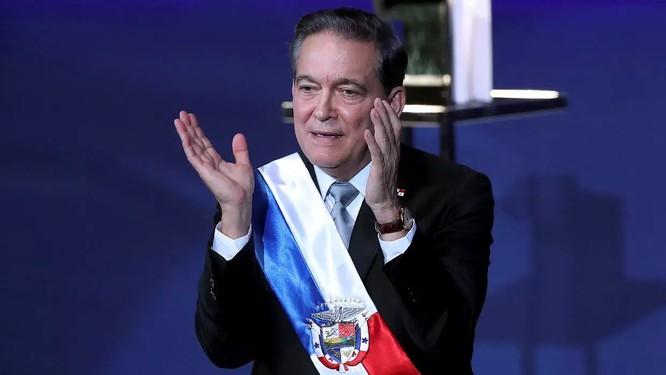 Quái chiêu giãn cách xã hội của Tổng thống Panama gây tranh cãi ảnh 1